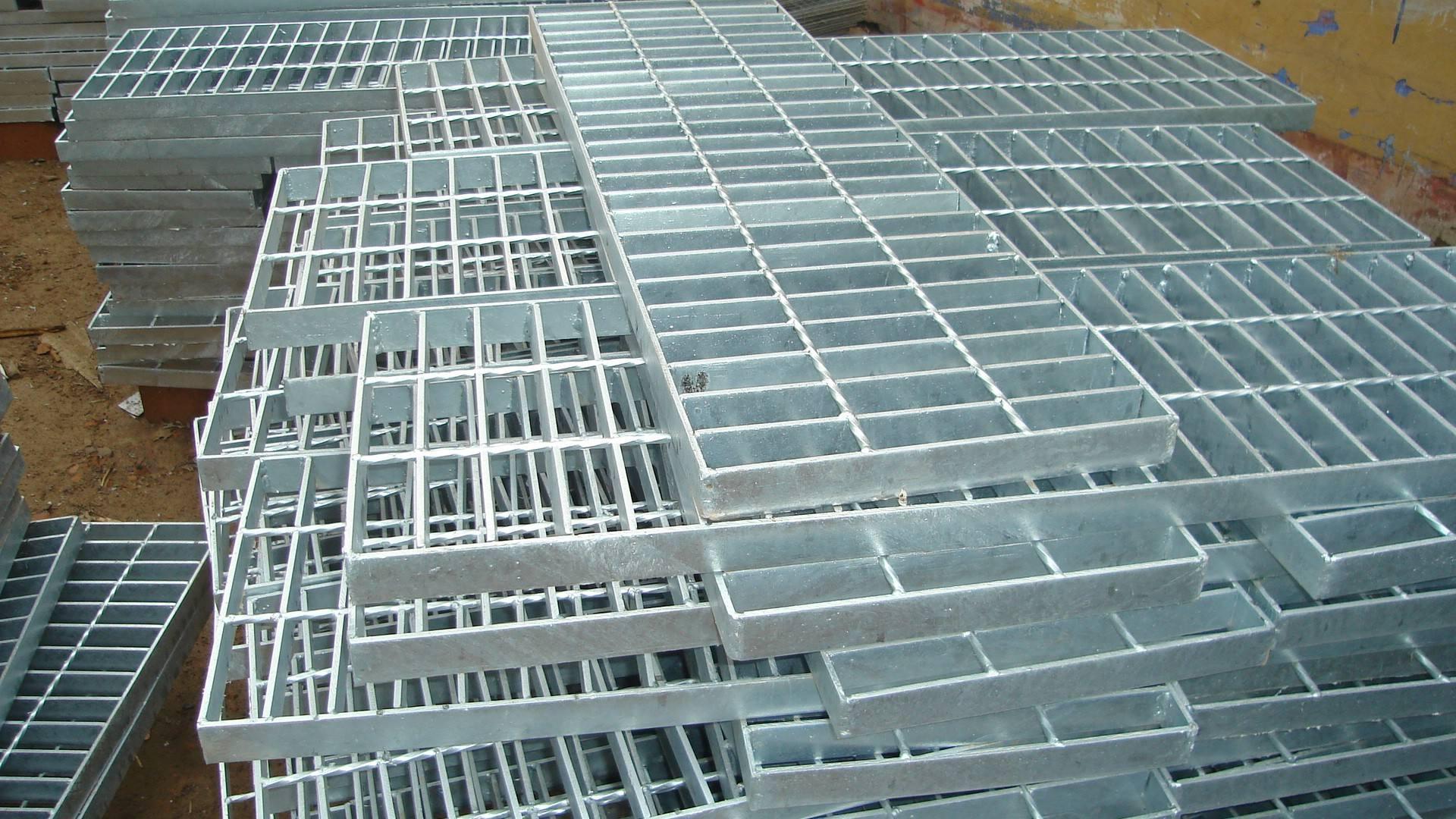 hot-dip galvanized steel grating